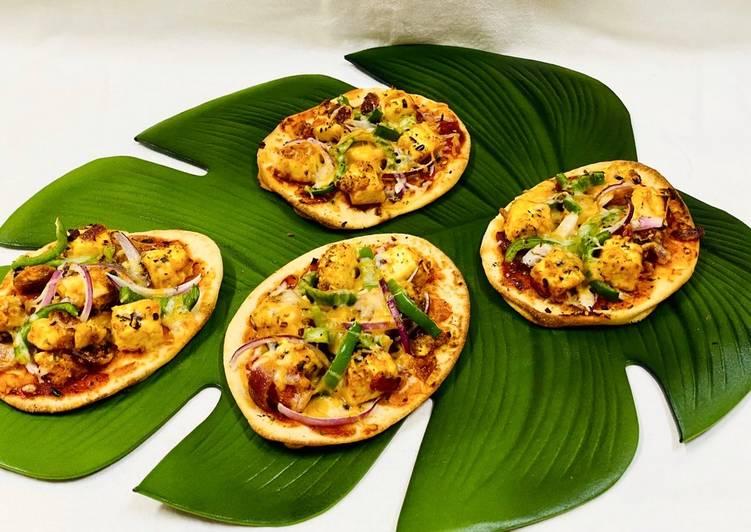 Paneer Tikka Pizza Naan