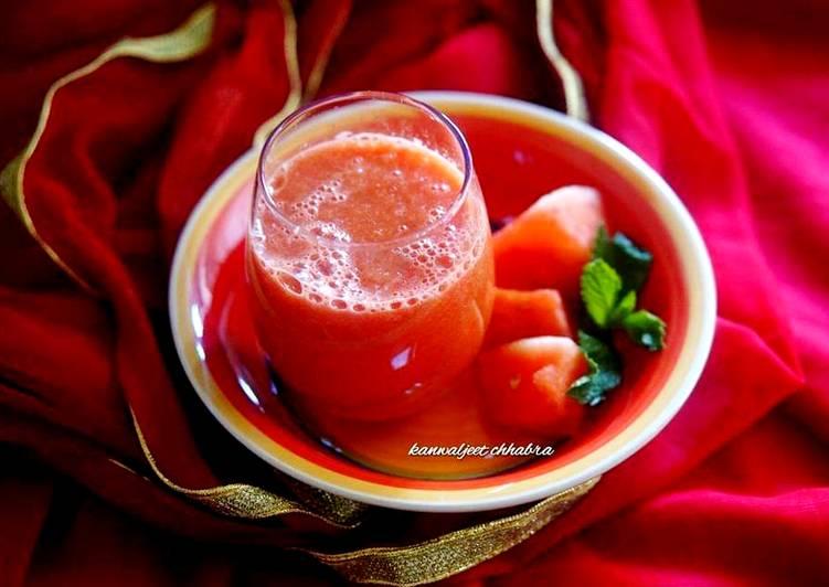 Grilled watermelon mint julep