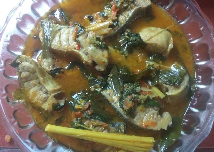 woku ikan tuna foto resep utama