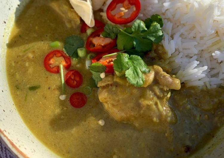 Chicken & lentil coconut curry