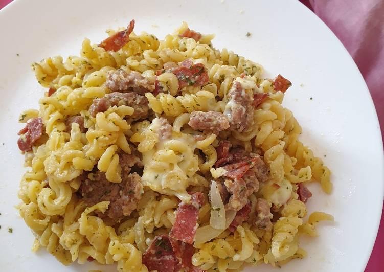 #39 Fusilli Carbonara with Beef Patty