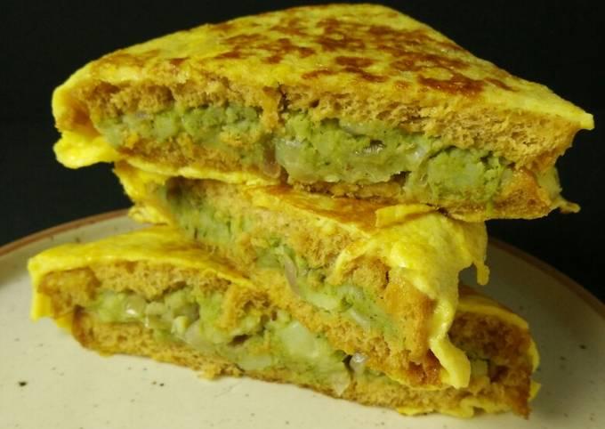 Stuffed Bread Omelette Sandwich