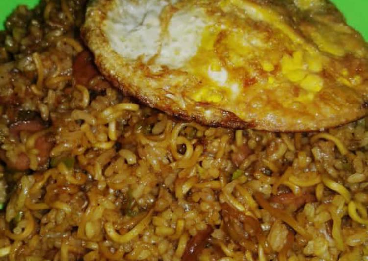Nasi Goreng Mawut Indomie