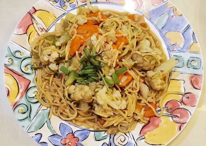 Pancit Canton with Chicken