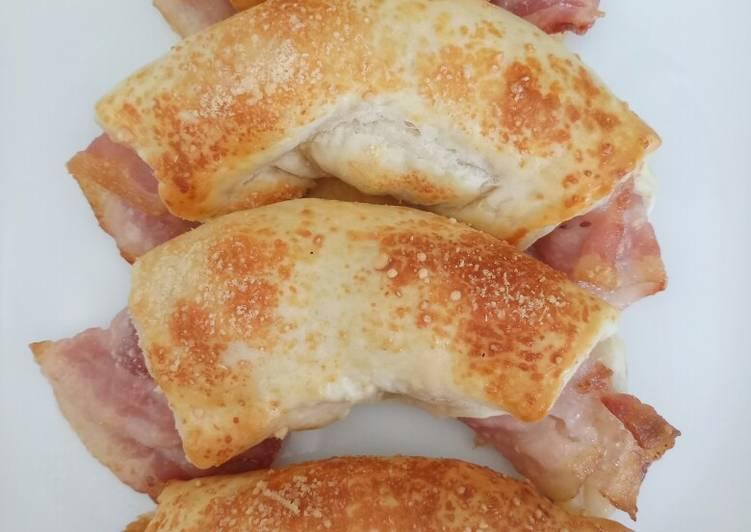 Savoury breakfast brioche