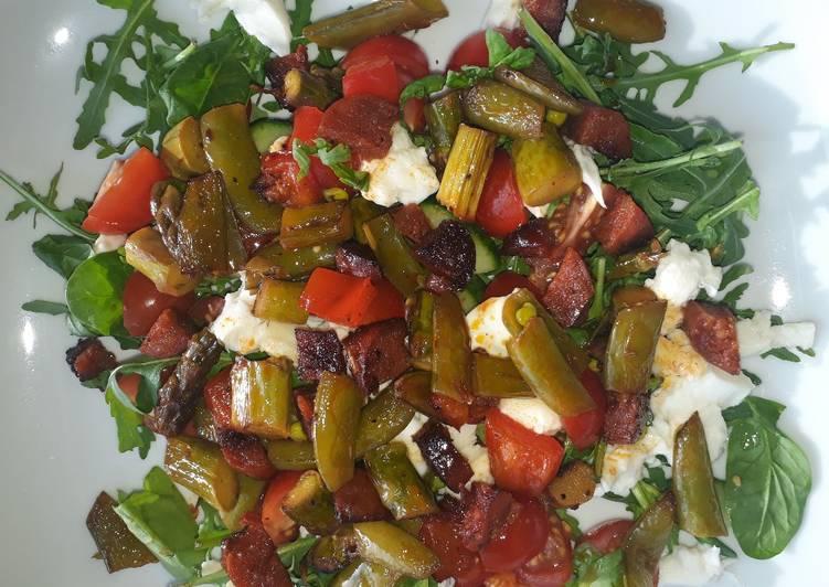 Chorizo and asparagus salad
