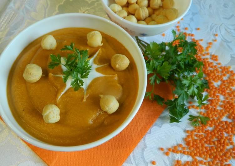 Rozgrzewająca zupa krem z czerwonej soczewicy
