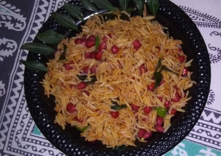 How to Make Favorite Sweet and spicy pomegranate rice
