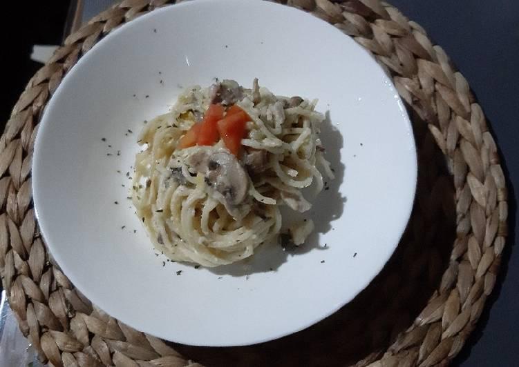 Mushroom Chicken Spaghetti
