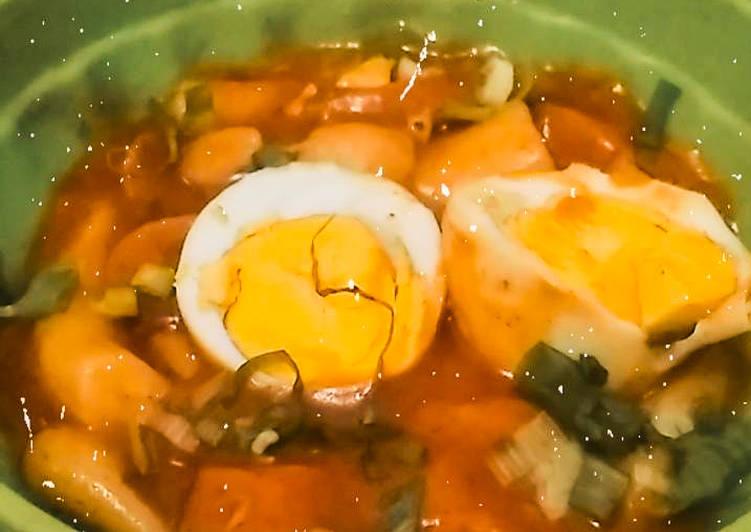 Tteokbokki with homemade gochujang sauce