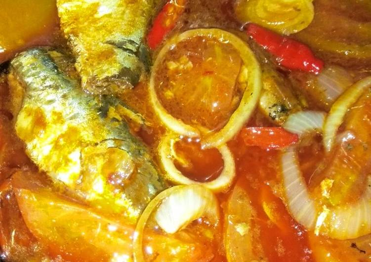 Ikan Sarden Kaleng Pedass Spesial