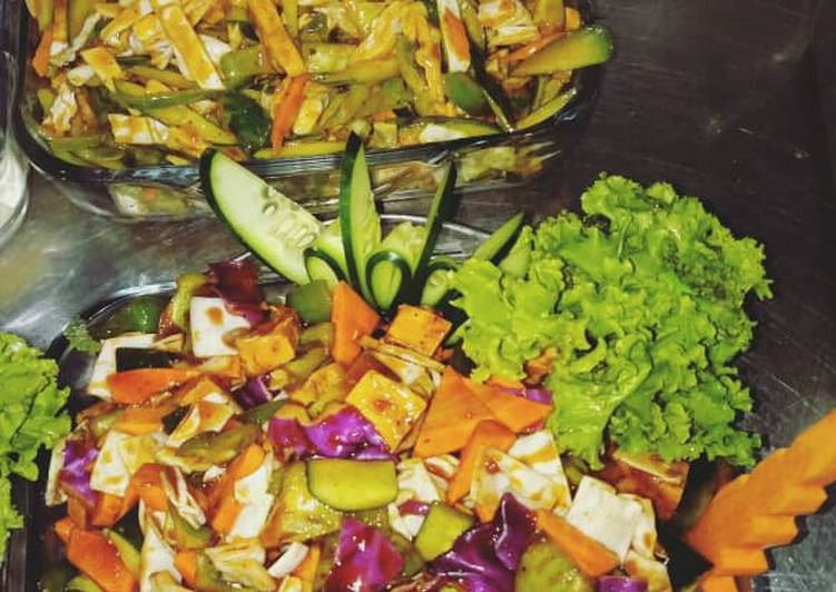 Chicken And Mixed Vegetable Salad