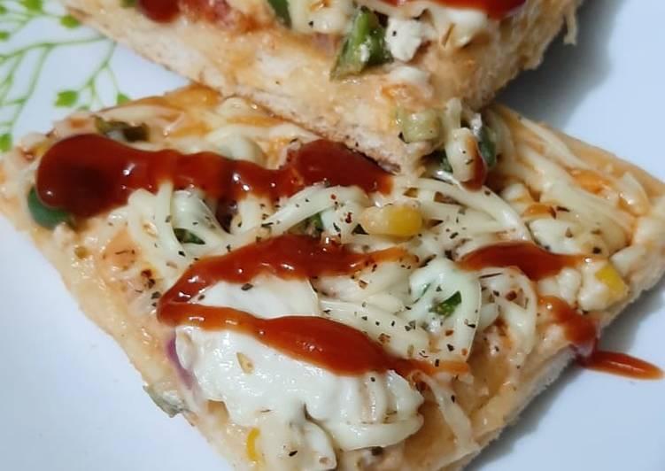 Cheesy Mayo Pizza