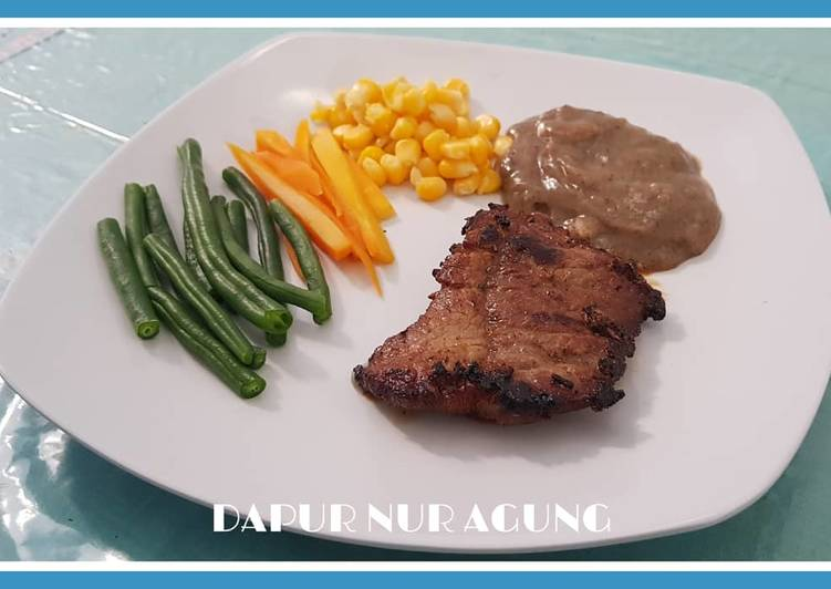 Beef Steak With Black Pepper Sauce