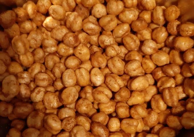 Fried and flavoured Chickpeas