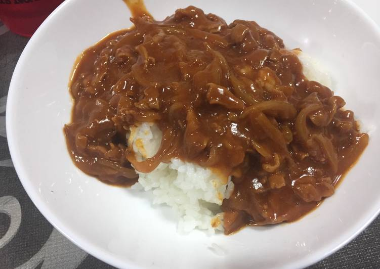 20 Minute Dinner Ideas Summer Japanese Style Hushed Beef on Rice (Hayashi Rice)