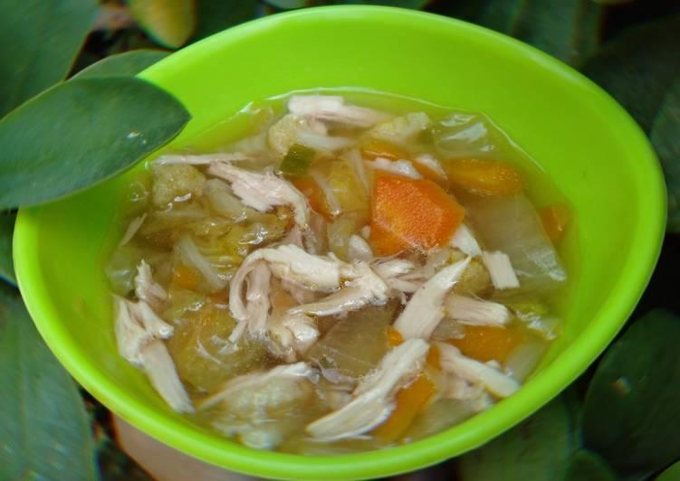 Sup ayam suwir simpel