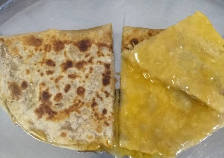 Recipe of Top-Rated Stuffed gud Jaggery chapati