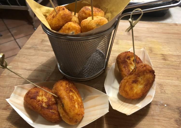 Ricetta Panzerotti di patate pugliesi  Fritti e cotti in forno
