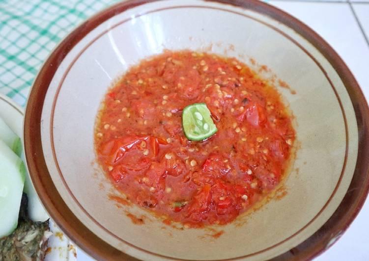 Sambel tomat (untuk ikan bakar/lalapan ayam goreng/seafood)