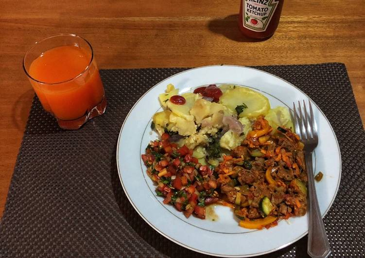 Recipe of Most Popular Beef Stew,Fried Potatoes and Tomato Onion Salad(Kachumbari)
