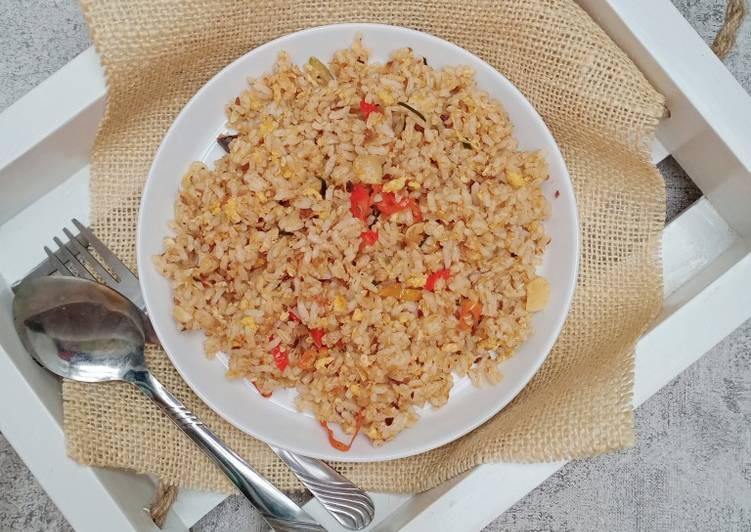 35. nasi goreng sarden