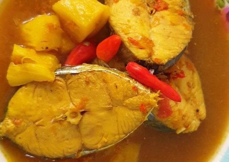Lempah Kuning Tenggiri (khas Bangka)