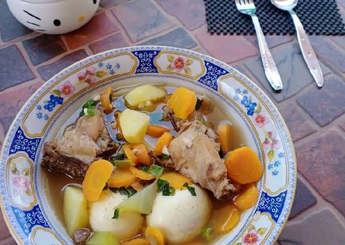 Cara Gampang Menyiapkan Sup Ayam Telur Simple, Menggugah Selera