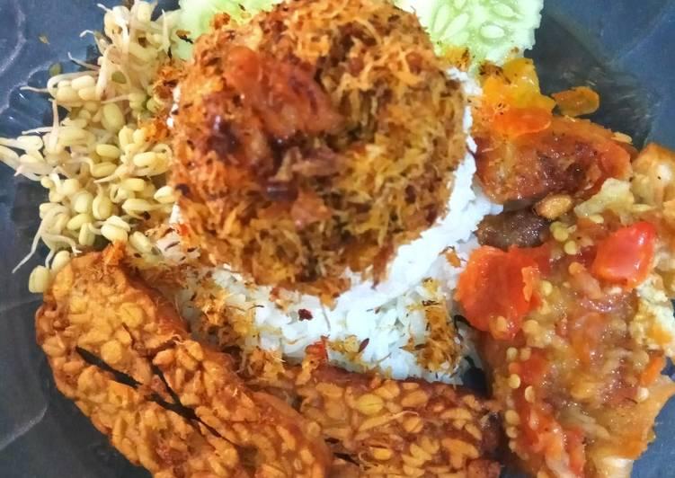 Nasi Ulam + penyet ayam sambel Bledek