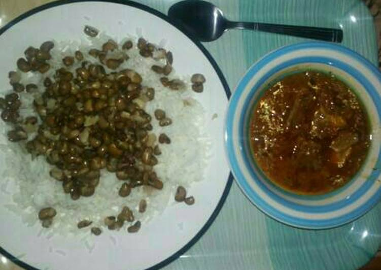 Rice and beans with stew