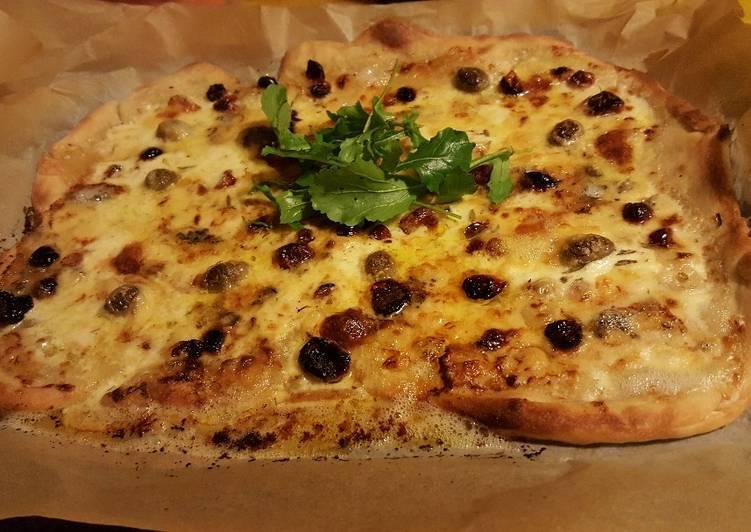 Pizza aux fromages et pâte au levain