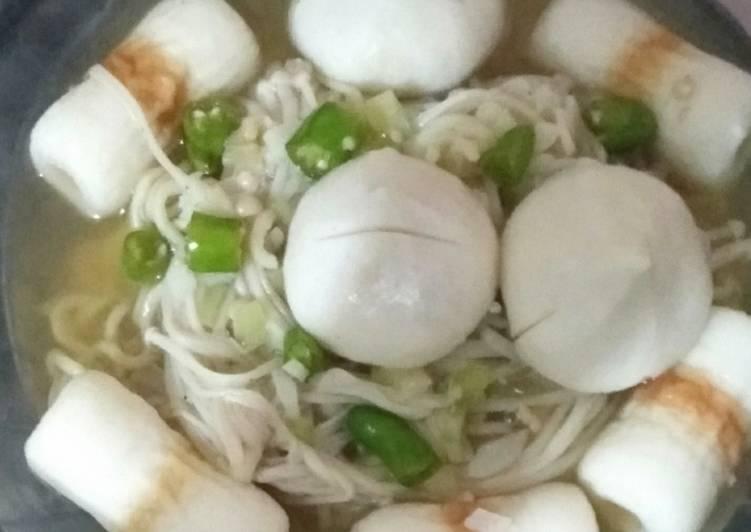 Resep Mie Kuah Enoki Oleh Eka Yulianto Cookpad
