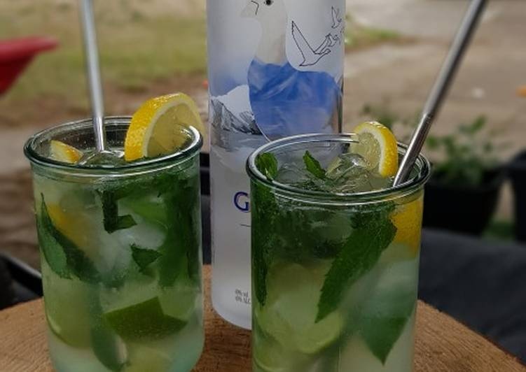 Mojito Cocktail with a twist