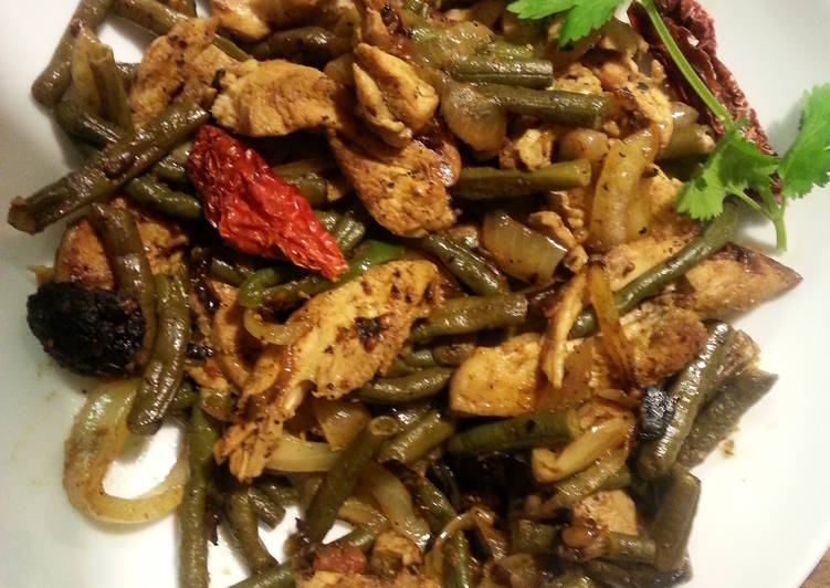 Recipe of Ultimate Stirfried Chicken and Green Beans