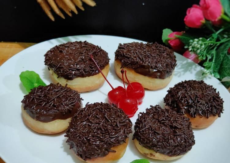 Fluffy Mini Donuts