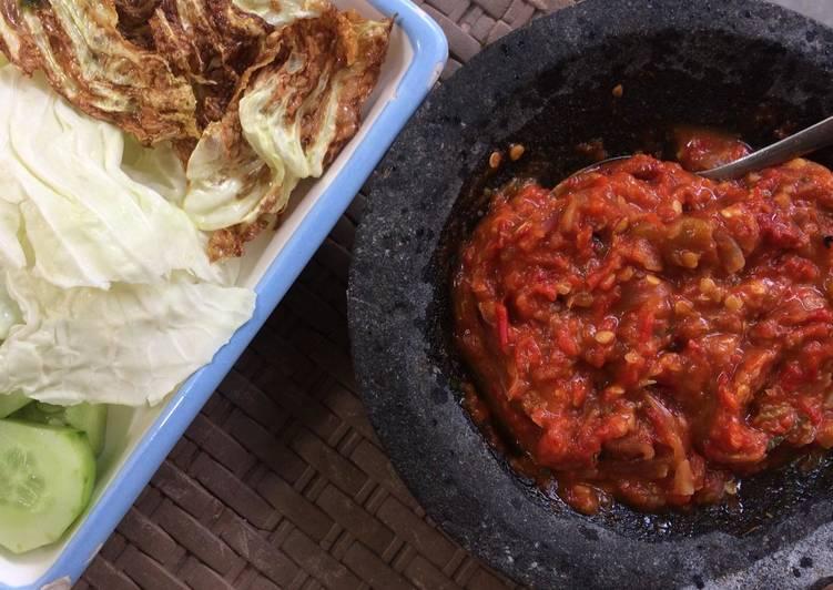 Sambal Tomat / Sambal Penyetan