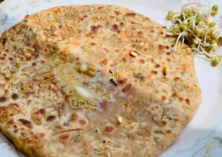 Recipe of Super Quick Homemade Moong sprouts Paratha
