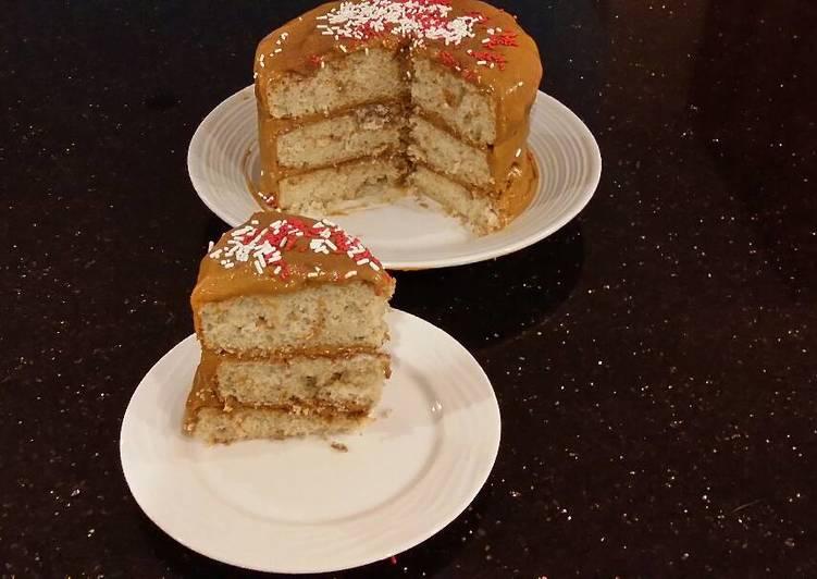 Cinnamon Spice Crunch Layer Cake