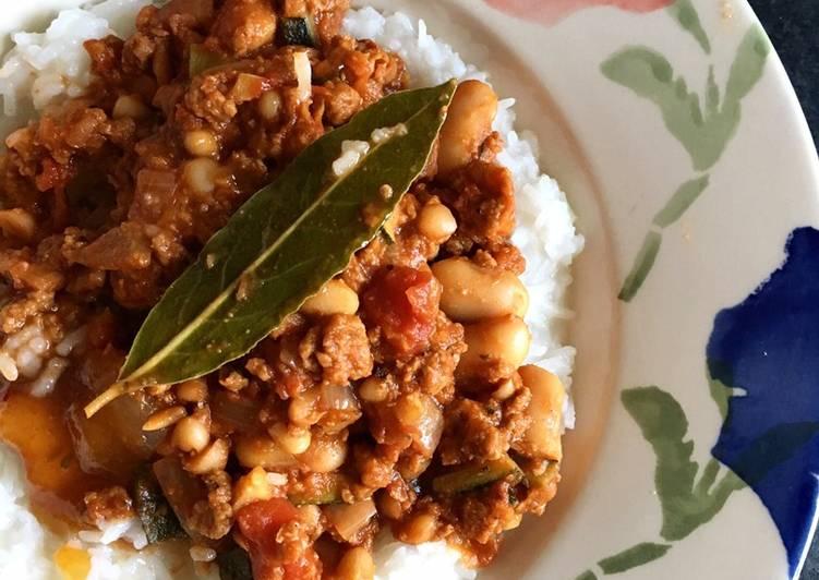 Vegan Chili with coconut rice