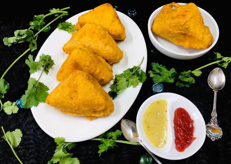 Recipe of Speedy Cheesy Spicy Bread Pakoda