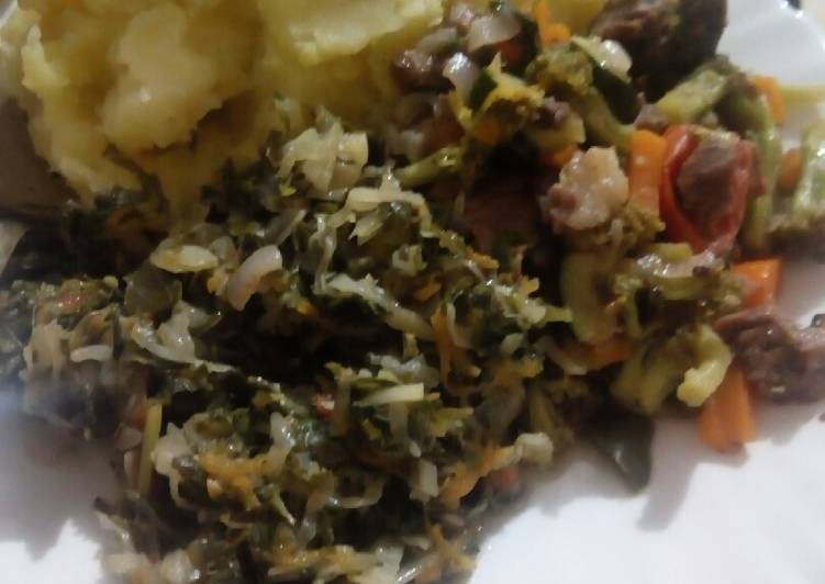 Step-by-Step Guide to Make Perfect Mashed Bananas with brocoli meat stew and steamed cabbages