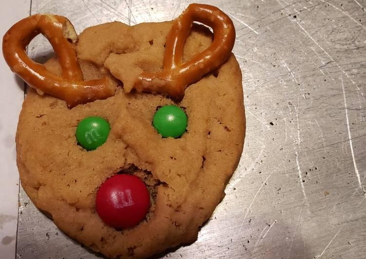 Peanut Butter Rudolph Cookies