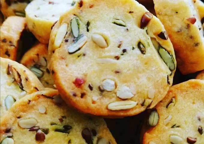 Biscuits parmesan et graines