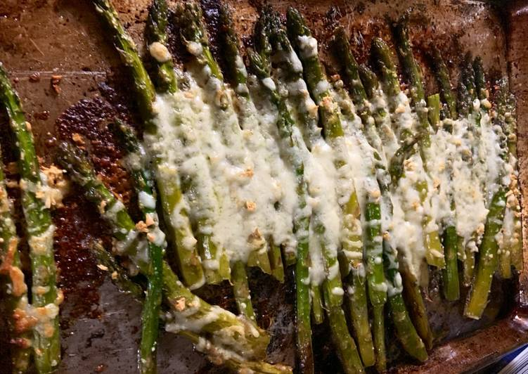 Recipe: Yummy Roasted Asparagus with Mozzarella cheese: Keto approves