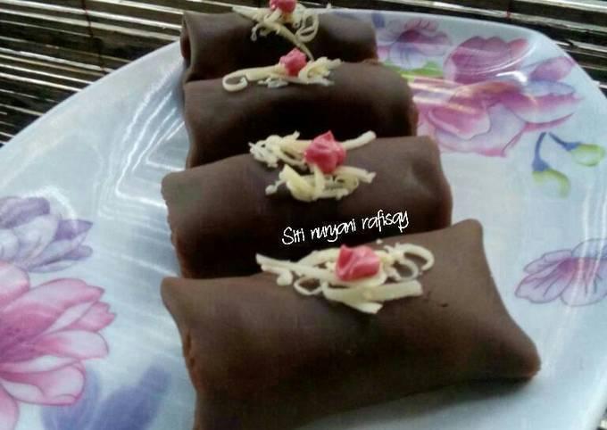 Resep Dadar gulung coklat isi pisang coklat Anti Gagal