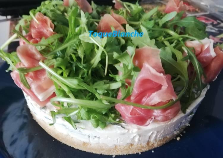 Ricetta Cheese cake salata con prosciutto crudo e rucola