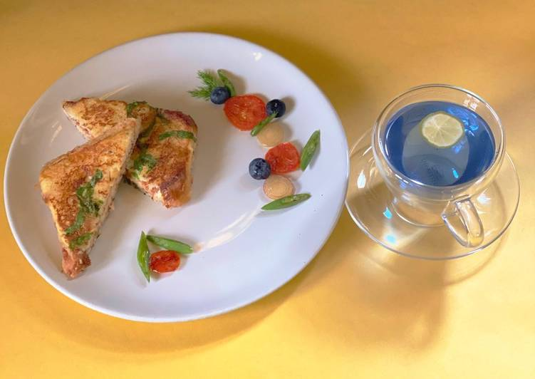 The Best Dinner Ideas Quick Cheesy French Toast with Butterfly Pea Lemon Tea