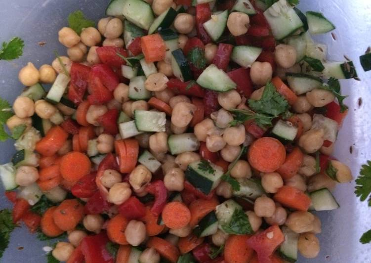 Chickpea Salad using Carrots
