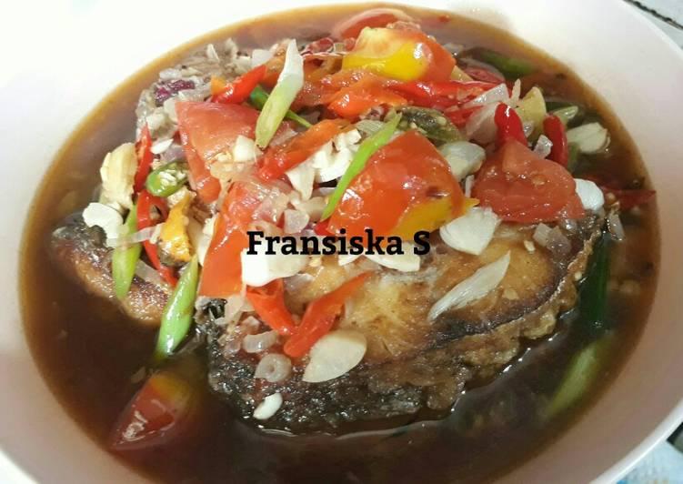 Resep Ikan Kuro Masak Suan Oleh Fransiska Suwantri Cookpad