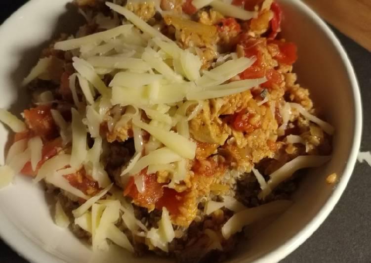 Quinoa con Bolognesa Vegetariana
